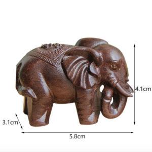 elephant en bois trompe en bas